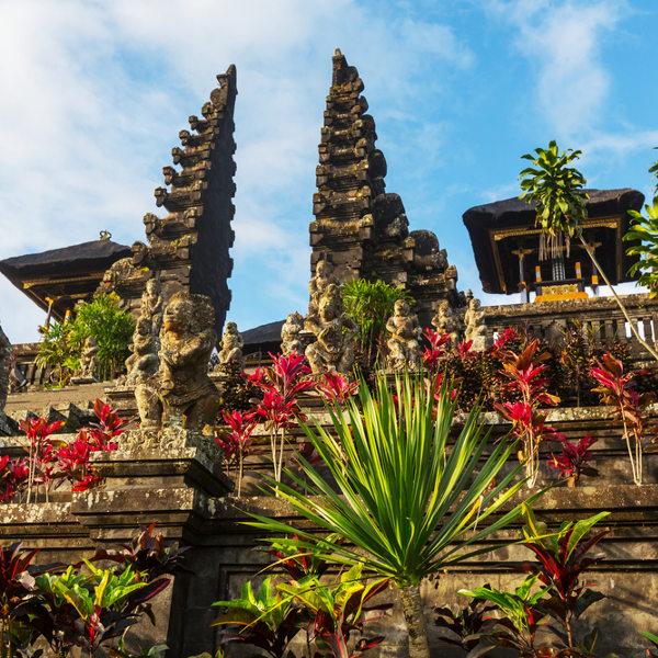 Découverte complète de Bali 1380€    18 jours