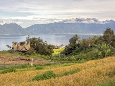 Jour10-rencontre-avec-les-mentawai-sur-lile-de-sumatra