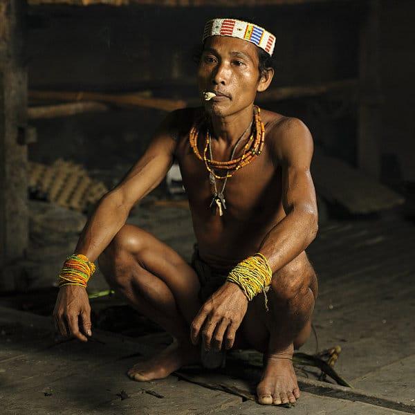 Rencontre avec les Mentawai 920€    12 jours
